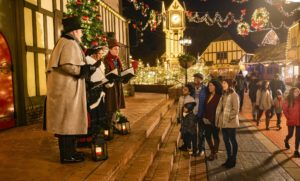 Williamsburg Christmas.Busch Gardens Williamsburg S Christmas Town Lights Up The