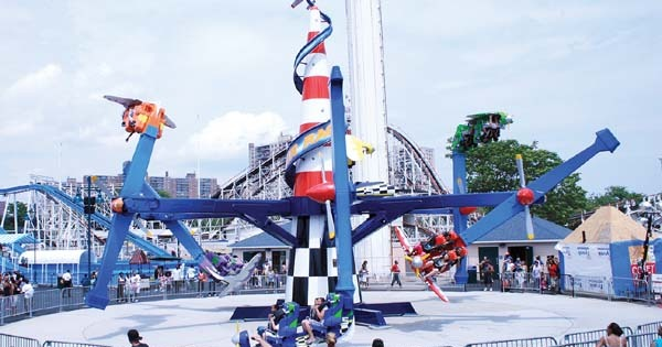 Zamperla Air Race