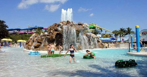 CNL acquires Rapids Water Park