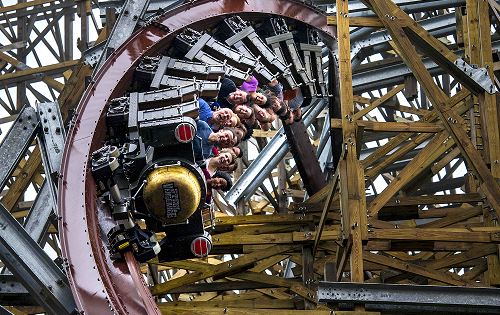 Steel Vengeance: Cedar Point's new hybrid shatters ten world records